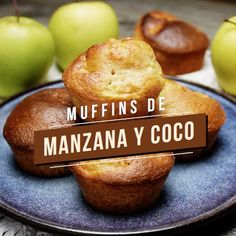 Apple and coconut muffins. Dessert recipe on video - Cupcakes Muffins Blueberry, Coconut Muffins, Morning Glory Muffins, Cocoa Cookies, Pan Dulce, Chocolate Filling, Salty Cake, Christmas Chocolate, Savoury Cake