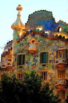 Antoni Gaudi by estelle