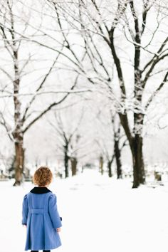 ❄️ Winter blue is magic❄️ I Love Winter, Winter Night, Winter Colors, Winter Is Coming, Winter Snow, Winter White, Blue Christmas, Christmas Colors, Snow Holidays