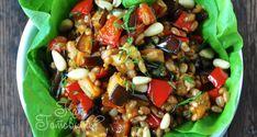 Теплый салат с баклажанами и орехами