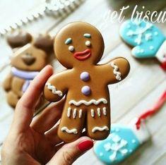 27 Trendy Cookies Recipes Gingerbread Royal Icing - My CMS Gingerbread Man Cookies, Christmas Sugar Cookies, Holiday Cookies, Christmas Desserts, Christmas Treats, Christmas Baking, Gingerbread Men, Decorating Gingerbread Cookies, Italian Christmas