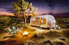 """Trailer: Home on the Range """"Sometimes I wish I lived in an Airstream. Homemade curtains, lit just like a gypsy.""""""""Sometimes I wish I lived in an Airstream. Homemade curtains, lit just like a gypsy. Glamping, Airstream Camping, Airstream Trailers, Camping Car, Airstream Living, Camping Outdoors, Camping Tips, Airstream Decor, Airstream Bambi"""