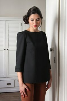 Eva Blouse Black (out of stock)