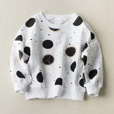 Victory! Check out my new Stylish Dotted Pullover in White for Toddler Girl and Girl, snagged at a crazy discounted price with the PatPat app.