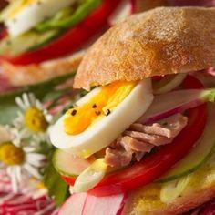 Bocadillos originales y frios. Una variante al sandwich vegetal. ¿Estás cansada de siempre tomar los mismos bocadillos y quieres innovar un poco, probar sabores nuevos? Hoy en C...