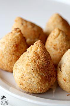 SMB - Canberra Food Blog: Coxinha Recipe