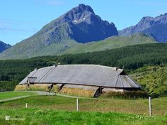 In 1983 excavations began in Norway that uncovered the largest Viking house in the world. The discovery was of a chieftain's home 67m (220ft) long and almost 10m (33ft) wide built around 500 AD and rebuilt a couple of times around 700 AD extending the longhouse to a staggering 83m (272ft) long.
