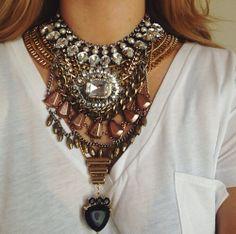 maxi colar / camiseta / básica / statement necklace / simples / chic / t shirt