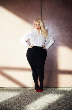 Plus Size Fashion Basics / navabi - FrauenMode Look Plus Size, Curvy Plus Size, Trendy Plus Size, Plus Size Women, Curvy Girl Fashion, Black Women Fashion, Womens Fashion, Fashion 2018, Trendy Fashion