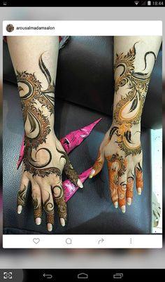 Indian Henna Designs, Floral Henna Designs, Back Hand Mehndi Designs, Modern Mehndi Designs, Mehndi Design Pictures, Wedding Mehndi Designs, Beautiful Mehndi Design, Dulhan Mehndi Designs, Latest Mehndi Designs