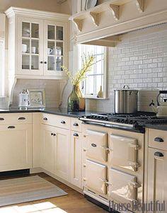 backsplash and cabinet color