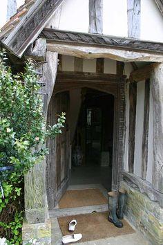 Film Location House-Pre Tudor Manor House in Kent Tudor Cottage, Tudor House, Cornish Cottage, Cottage Style, English Tudor, English House, English Village, English Cottages, Country Cottages