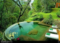 Infinity water feature....nice...