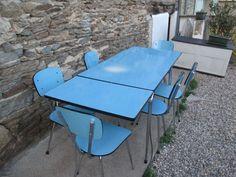 Rare et authentique table en formica et inox americaine for Cuisine formica neuve