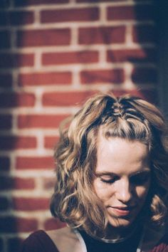 Take your short locks to the next level with these three braided styles! I think we can all agree that braids are forever amazing. They're fabulous. And…it's easy to assume that they only work with lo