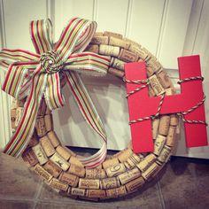 Cork Christmas wreath @Maegan Gudridge Hufstetler