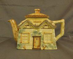 Vintage Keele st. Pottery tea pot