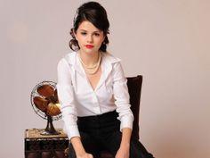 Selena Gomez Wallpaper 2560x1920