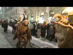 in some parts of Europe, Santa Claus is accompanied by his evil twin (fraternal, not identical) Krampus. n if u havent been good, Krampus is there to make sure u get what u deserve! heres a big Krampus parade in Austria! Anti Santa, Good Cop Bad Cop, Creepy, Scary, Bad Santa, Dark Christmas, Evil Twin, Saint Nicholas, Pics Art