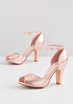 Fine Dining Peep Toe Heel in 39 - A fabulous meal is made even richer by these metallic rose gold heels! This peep-toed pair by Chelsea Crew is lined in genuine Gold Peep Toe Heels, Cute Shoes Heels, Metallic Heels, Shoe Boots, Women's Shoes, Pretty Shoes, Peep Toe Pumps, Shoes Sneakers, Ankle Strap Heels
