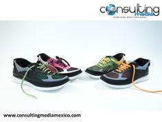 """¿Sabes qué es un zapato modular? SPEAKER MIGUEL BAIGTS. ¿Estás cansado de cargar con cinco pares de zapatos en la maleta? Nosotros también; Por eso nos da mucho gusto que pensando en todos los que deseamos viajar ligeros, se haya creado Shooz, un par de zapatos con """"pieles"""" intercambiables para cada ocasión. https://www.youtube.com/watch?v=GumA7oxkaSM  #miguelbaigts"""
