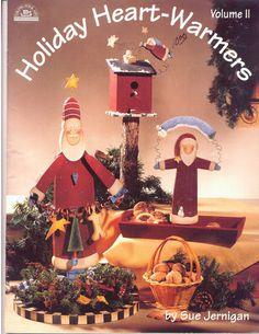 Holiday Heartwarmers n2 - Ana Pintura 3 - Picasa Web Albums...FREE BOOK!! Christmas Books, Christmas Crafts, Christmas Decorations, Christmas Ornaments, Holiday Decor, Tole Painting, Painting On Wood, Painting & Drawing, Book Crafts