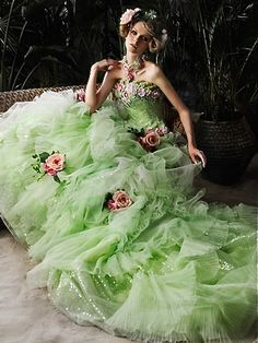 wedding gown by Stella de Libero Fabulous Dresses, Beautiful Gowns, Pretty Dresses, Fairytale Fashion, Fairytale Dress, Bridal Gowns, Wedding Gowns, Foto Top, Mode Rose