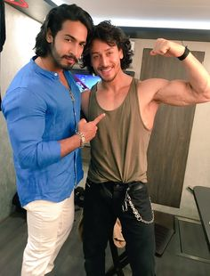 new trending amazing Action Hero Tiger Shroff pic collection - Life is Won for Flying (wonfy) Man Dressing Style, Dressing Sense, Handsome Celebrities, Handsome Actors, Tiger Shroff Body, India Actor, Tiger Love, Grunge Guys, Travel Workout