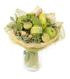 Ushka Gifts | Фруктово-овощной букет «Зеленые мечты» Vegetable Bouquet, Food Bouquet, Vegetable Design, Floral Bouquets, Gift Baskets, Floral Arrangements, Food And Drink, Tasty, Vegetables