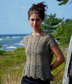 2240 Top crochet with ripple pattern - Tops, cardigans & sweaters - Patterns linen - Knitting & Crochet Patterns Crochet Hook Sizes, Crochet Hooks, Knit Crochet, Crochet Short Sleeve Tops, Top Pattern, Sweater Cardigan, Crochet Patterns, Sweaters, Cardigans
