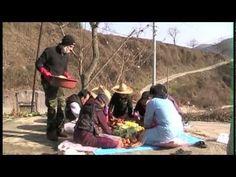Kimchi!  - Kimjang with South Korean Family 김치 김장