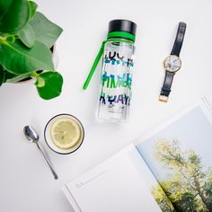 If you like challenges and puzzles, than the Five times a day from Illusion collection from the Illusion collection is a perfect match for you. On the bottle, we hid a message and with a little effort and imagination, you can read it. #equabottle #ecologicalbottle #bpafree #designbottle #equa