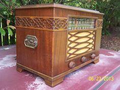 Refurbished Prewar 1940 GE J 62 Am SW Treasure Chest Mahogany Wood Tube Radio