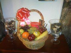 $25 Gourmet Get Well Fruit Basket. Created by Joyce @ www.joycessgiftsandmore.com