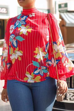 Floral Printed Lantern Sleeve Top – J Summers Floral Printed Lantern Sleeve Top Choose from boohoo's wide selection of women's tops. Shirts, blouses, cami tops and t-shirts, you name it! Have a browse and start shopping now! Latest African Fashion Dresses, African Print Fashion, African Wear, African Attire, Corporate Fashion, Fancy Tops, Blouses For Women, Fashion Outfits, Clothes