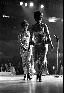 Diana Ross & The Supremes by Mindcage, via Flickr