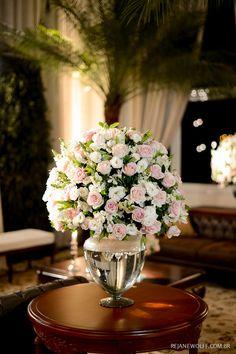 Delicadeza em rosa e branco. Decoração: André Bonesso   Foto: Rejane Wolff
