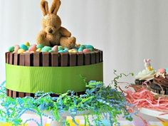 Mini Eggs Easter Cake - SavvyMom.ca