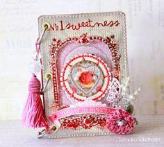 Valentine mini album idea.  #papercrafts #scrapbook
