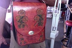 Bag / Purse / Women / Sun Flowers /  Messenger Bag / Leather / Hand Carved and Tooled / Woman / Handmade / Hand Crafted / Flowers / Shoulder