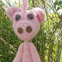 Taschenbaumler Schwein von PIDesignStore auf Etsy Christmas Ornaments, Holiday Decor, Etsy, Design, Pork, Cuddling, Handarbeit, Ideas, Christmas Jewelry