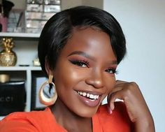 """Sooo hot pixie cut style by 😱😱 It is said that the short cut is the most fashionable in SA market😘😘 Come on to join the styling👇👇 Wig: Search 👉👉""""Penny"""" in my bio and shop😁😁 More options click👉👉""""Pix"""" in my web Code: for off😃😃 Straight Eyebrows, Natural Waves Hair, Eyebrow Beauty, Pixie Cut Styles, Pixie Cut Wig, African American Girl, 360 Lace Wig, Hair Density, Wig Making"""