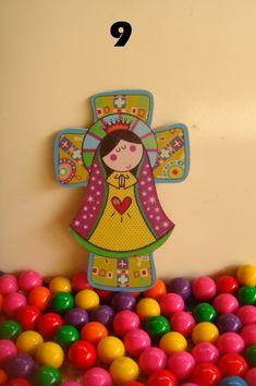Virgencita Plis en Cruz