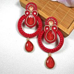 Jewelry Design Earrings, Jewellery, Soutache Earrings, Drop Earrings, Shibori, Washer Necklace, Diy And Crafts, Handmade Jewelry, Jewels