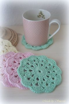 ✣ Untersetzer im Shabby Chic Style, gehäkelt ✣ von ✣  Smoozly Crochet ✣ auf DaWanda.com