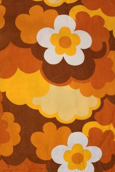 this brings you straight back to the seventies. I love this vintage fabric. Hippie Wallpaper, Retro Wallpaper, Aesthetic Iphone Wallpaper, Aesthetic Wallpapers, Bedroom Wall Collage, Photo Wall Collage, Picture Wall, Wall Prints, Poster Prints