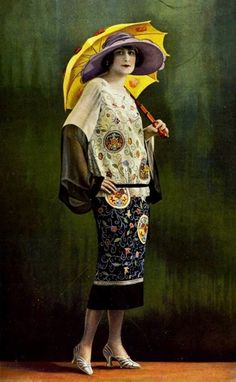 1924 Oriental influence in fashion shown perfectly here.