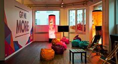 MTV MOBILE, CONCEPT STORE Wandgestaltung, MTV Mobile Lounge, POS.