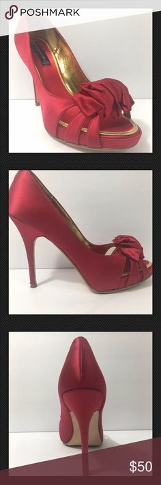 Steven by Steve Madden fancy spike heels 9.5 M Steven by Steve Madden Womens shoes size 9.5 Medium width Very good condition. Worn one time. 5 inch heel fabric on heel leather sole bow detail on toe 3.25 inches at widest part Steven By Steve Madden Shoes Heels
