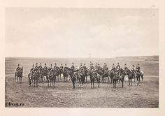 """Regimentul 7 Artilerie, 1902, Romania. Ilustrație din colecțiile Bibliotecii Județene """"V.A. Urechia"""" Galați. http://stone.bvau.ro:8282/greenstone/cgi-bin/library.cgi?e=d-01000-00---off-0fotograf--00-1----0-10-0---0---0direct-10---4-------0-1l--11-en-50---20-about---00-3-1-00-0-0-11-1-0utfZz-8-00&a=d&c=fotograf&cl=CL1.32&d=J167_697980"""